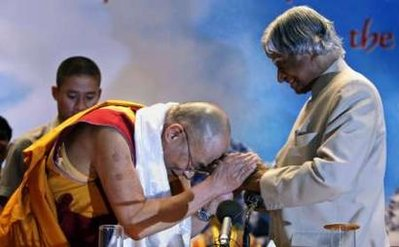 Two of the gentlest people of our time APJ Abdul Kalam & Dalai Lama / Reuters Phot.